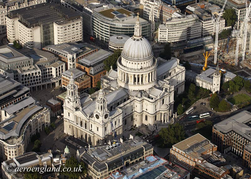 aerial           photograph of St Pauls Cathedral London
